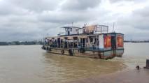 Kolkata river